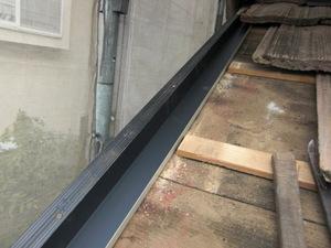 (株)クラスプラスの瓦補修工事