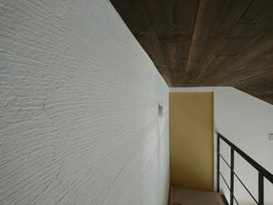熊谷市の無添加住宅様モデルハウス内装の天然シックイ壁